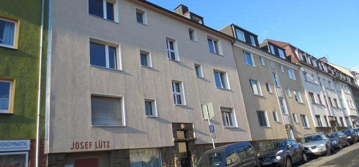 E-Holsterhausen: Gemütliche und gepflegte Dachgeschosswohnung nähe Uniklinikum!