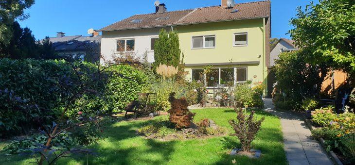 E-Freisenbruch: Top gepflegte Doppelhaushälfte mit wunderschönem Garten in ruhiger Wohnlage! (VERKAUFT)