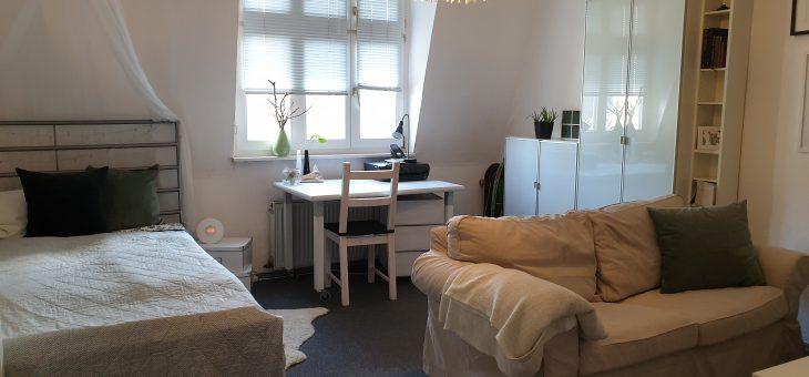 E-Holsterhausen: Entzückende, sehr gemütliche Wohnung mit Einbauküche nähe Uniklinikum!