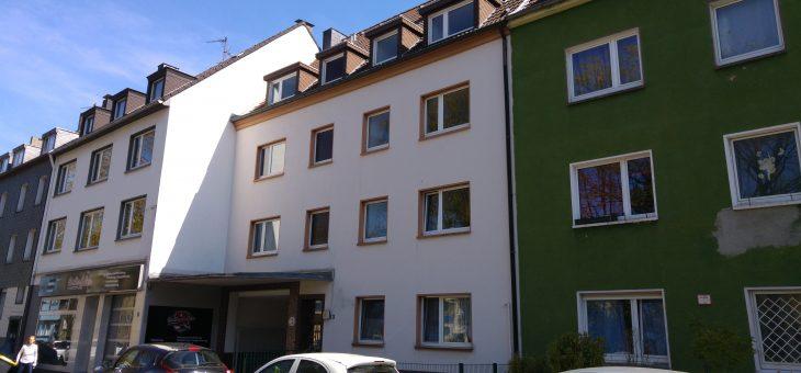 E-Holsterhausen: Äußerst gemütliche, top gepflegte und sehr gut ausgestattete Dachgeschosswohnung! (VERMIETET)