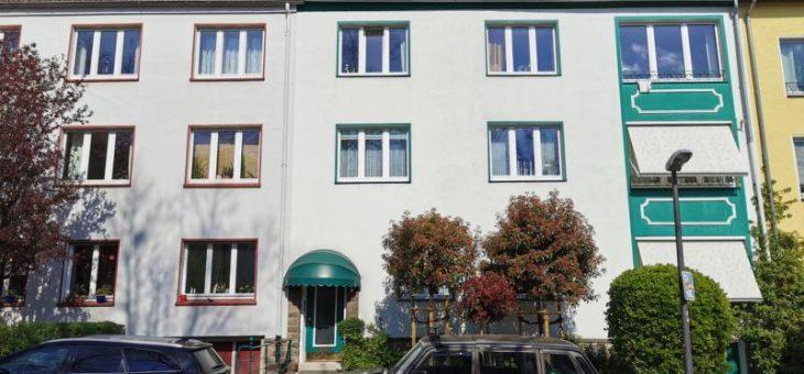 E-Rüttenscheid: Schicke Dachgeschosswohnung mit großer Terrasse in bester Wohnlage! (VERMIETET)