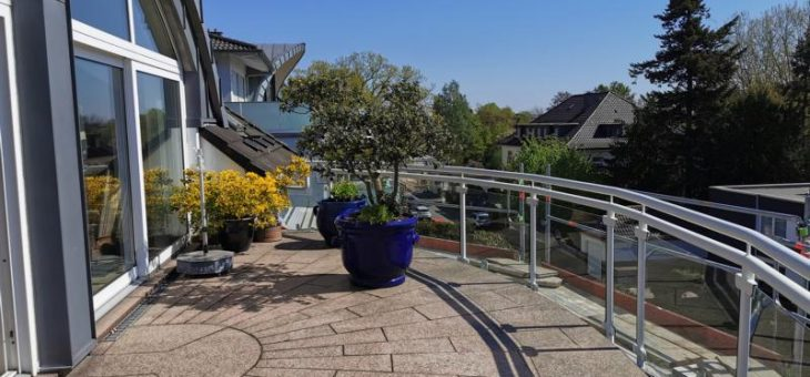 E-Bredeney: Traumhaftschöne Penthouse-Wohnung mit Einbauküche und vielen Extras!