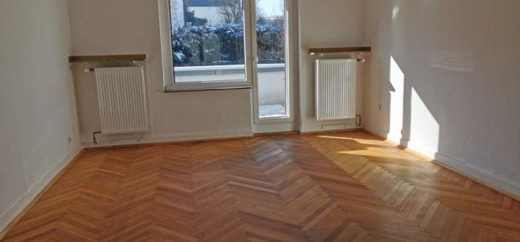 E-Kupferdreh (Dilldorf)! Großzügige 4-Raum-Wohnung mit Blick ins Grüne! (VERMIETET)